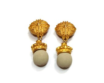 Vintage Gold and Cream Dangle Clip On Earrings