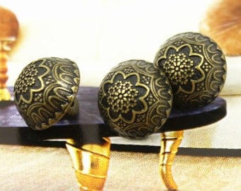Metal Buttons - Flower Bud Metal Buttons , Antique Brass Color , Domed , Shank , 0.43 inch , 10 pcs