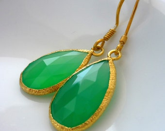 22kt gold vermeil edged minty chalcedony teardrop earrings.