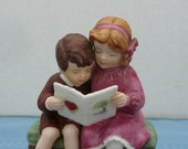 "Jessie Wilcox Smith for Avon ""Be My Valentine"" Porcelain Bisque Figurine"