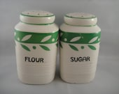 Spice Shakers Flour and Sugar White and Green Japan