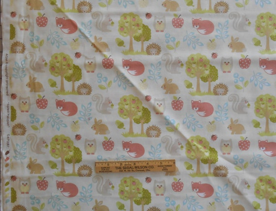 Amg nursery print fabric forest playpen animals owls foxes for Nursery print fabric