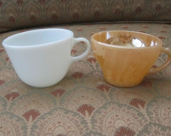 A Pair of Mix and Match Mid Century Tea Cups
