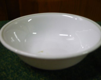 1 - Corelle - Pale Green Ring - Beige -  Soup/ Cereal Bowl - EUC