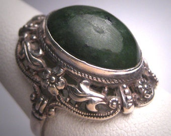 Antique Jade Ring Victorian Renaissance Revival c.1900