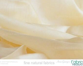 "Ahimsa Silk. Silk fabric. Peace Silk. Handwoven. Slow Fashion. Natural, organic, fairtrade fabric. 42"" / 106 cm wide. Elderflower color."
