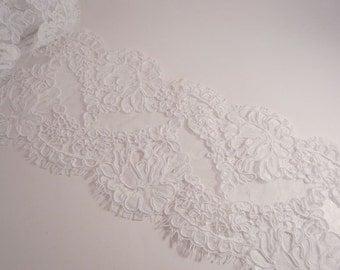 White Rose Pattern French Alencon Lace Trim--One Yard