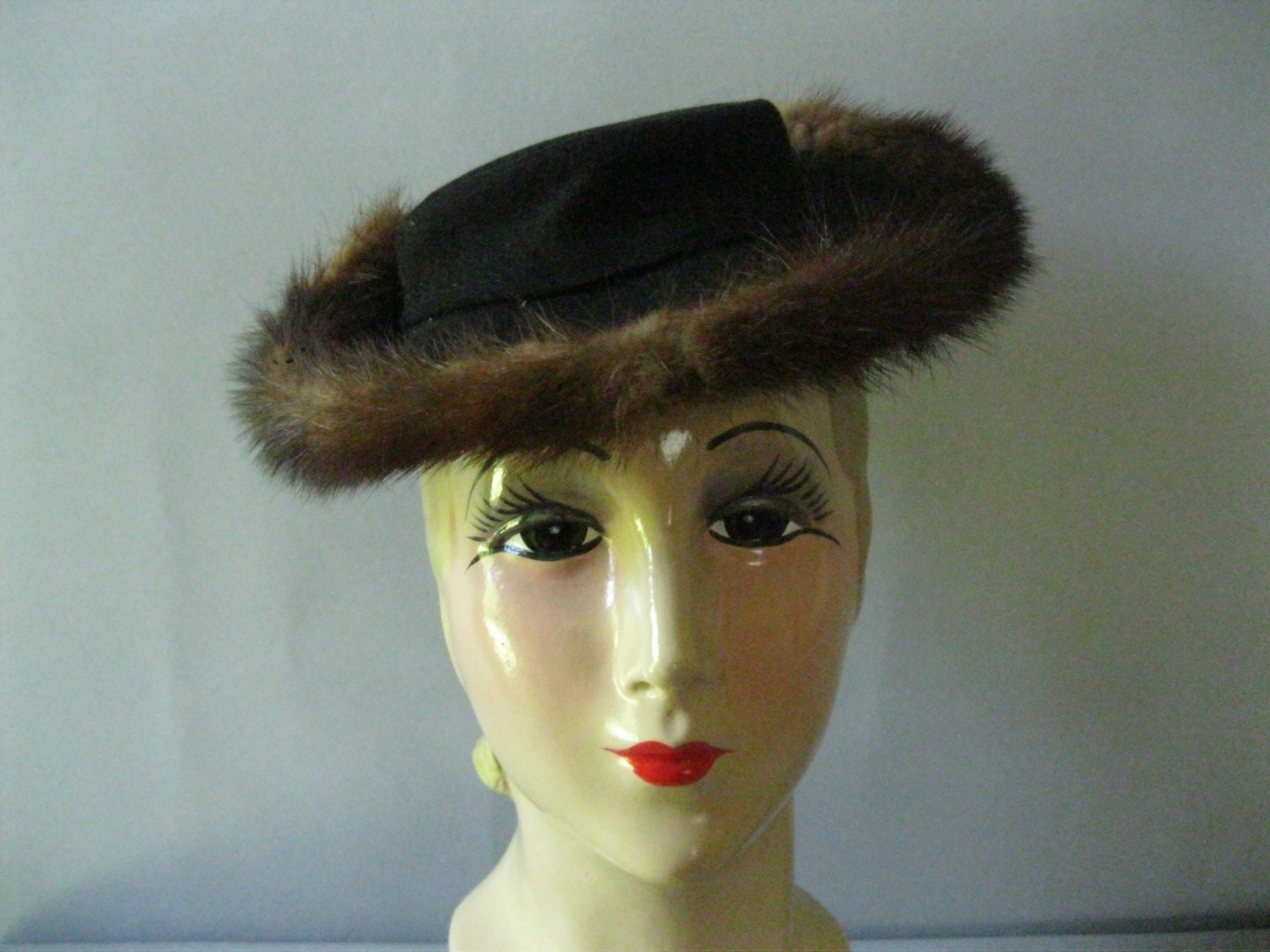 vintage winter hat womens 1940s fur trimmed hat by