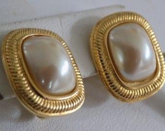"""Vintage earrings, signed """"Richelieu"""" retro pearl clip-on earrings, vintage 1950s jewelry, designer earrings"""