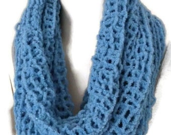 ON SALE / CLEARANCE -  Womens Cowl, Hand knit Knit Snood,Knit Cowl, knit snood, Blue snood, Womens fashion accessory