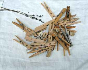 25 Vintage Wood Clothespins