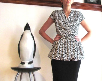 Black and White Graphic Print Peplum Dress / City Streets