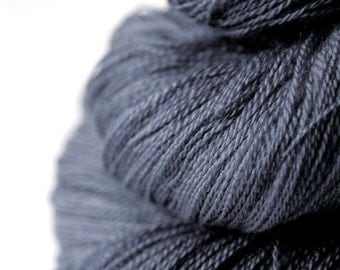 Stormy gray sea - Merino/Silk/Cashmere Fine Lace Yarn