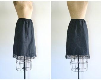 1950s black Barbizon half slip - NOS black taffeta half slip / floral applique & lace / new old stock with tags