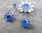 Vintage Judy lee Signed Capri Blue Rhinestone Daisy Pin and Earrings, Beautiful Set