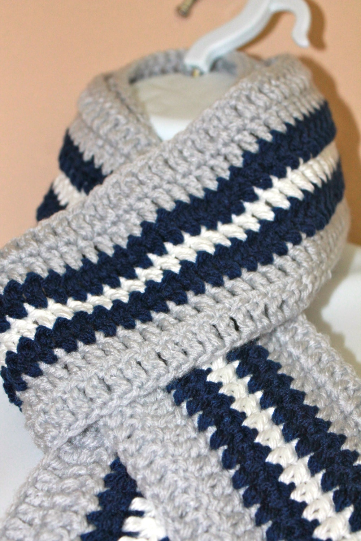 Knitting Pattern For A Football Scarf : Dallas Cowboys Scarf