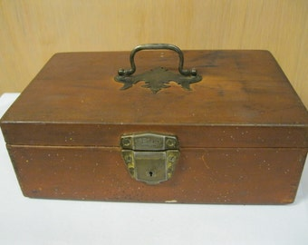 Handi-mans Wood Treasure Box With Top Handle & Front Latch Vintage Unique Rare ONE of a KIND Trinket Storage Useful Old Found Treasure Box