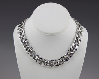 Lovely Trifari Celtic Knot Silver Tone Choker Necklace