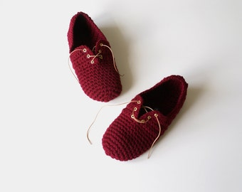 Lace Up Slippers - Unisex crochet slippers in Burgundy