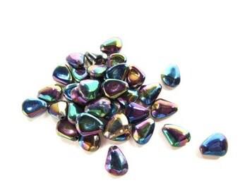 34 Purple Luster Drop Beads / Pressed Glass