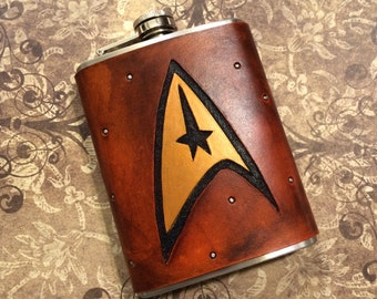 Star Fleet Command - Handcrafted Leather 8oz Hip Flask - Star Trek Fandom MADE TO ORDER