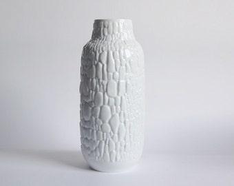 Modernist Large  Porcelain Cobblestone Motif Vase - Kaiser