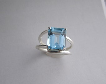 Sterling Silver  Sky Blue Topaz ring octagon Emerald cut