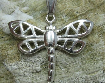 PE000750 Stylish Sterling silver pendant   solid 925   Dragonfly  New