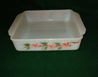"Anchor Hocking's Fire-King Gay Fad 8"" Square Baking Dish"