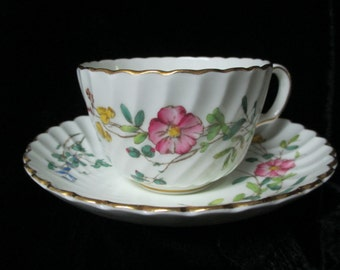 "Minton ""Daisy Spray"" Made in England Fine Bone China Cup and Saucer"