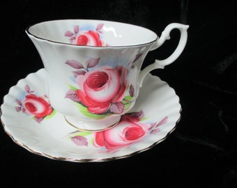 Royal Albert  Beautiful Open Rose Decor Cup and Saucer