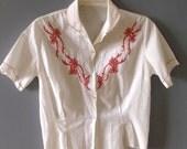 "1940s Blouse with Floral  Applique / Vintage 1940s Cotton Embroidered Blouse /Short Sleeve White Blouse/ Plus Size / Waist 36"""