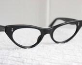 60s Cat Eye Glasses 1950s Eyeglasses Black Angled Oval Simple Star Stud Classic Womens Frame 46/20 Frame France