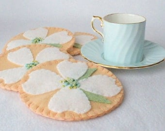 Felt Dogwood Flower Coasters, Hostess Gift,  MugMats Set of Four, Pale Peach and White Asian Decor