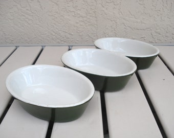 Vintage HALL Pottery Single Serving Casserole Dishes.