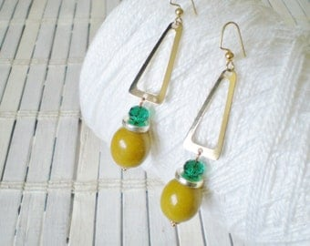 Golden Triangle Dangle Earrings, Olive & Kelly Green, Beaded, MOD style, Minimalist