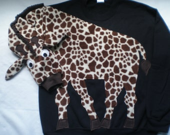 Giraffe sweatshirt. giraffe shirt, Unisex adult sizes. Giraffe print shirt. Animal shirt. Animal sweatshirt. Cosplay
