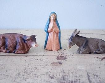 Set of 3 Nativity Scene Figurine - Mary, beef, donkey