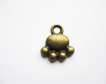 BULK - 50 Paw Charms in Bronze Tone - C1250