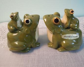 Vintage Salt & Pepper Shaker Set: Otagiri Frog Salt and Pepper Shaker Set
