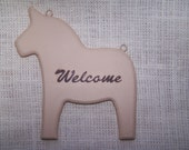 "Dala Horse ""Welcome"" Plaque"