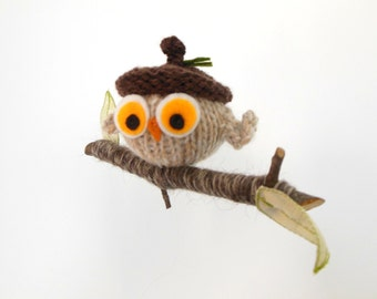 Owl with Acorn Hat Mobile,  Woodland Bird Mobile, Ornament, Modern Baby Nursery, Waldorf Decor, Natural Fibers