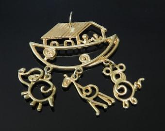 Vintage Noah's Ark Pendant In Gold Tone