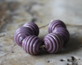 ribbed round bead set in dusty purple