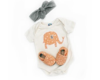 Baby Girl Elephant Set. Gift Set. Bodysuit, Headband and Organic Shoes 0 3 6 12 18 months- Baby Clothes. Eco Friendly. Pink Gift for baby