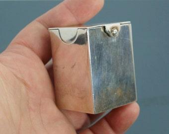 1898  MINIATURE STERLING playing card box. english silver. sterling box. mjj Mathew John Jessop London 1898 3200 cs