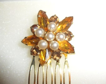 Authentic Vintage Large Gold Rhinestone Pearl Hair Comb, BRIDE, BRIDESMAID, WEDDING