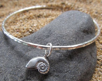 Sterling Silver Bangle, Nautilus Shell, Hammered Bracelet, Hawaii Beach Jewelry, Hawaiian Jewelry, Gift for Her, Summer Fashion, Handmade