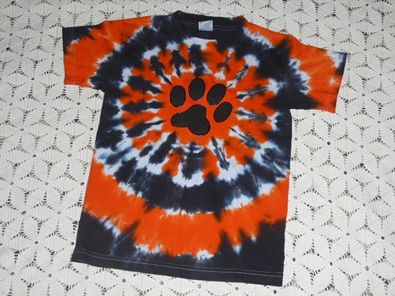 "Tie dye shirt, Youth Medium available for shipment today- Others will be shipped in a week, orange and black PAW"", 400"