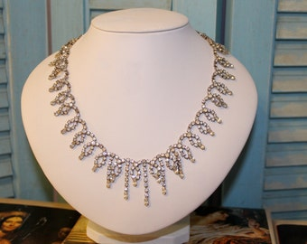 Gorgeous Hobe Necklace 1950's